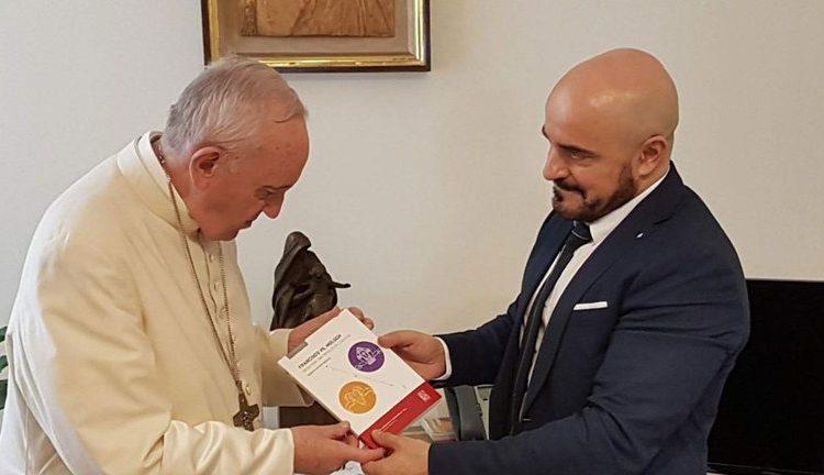 El Papa y el juez Gallardo
