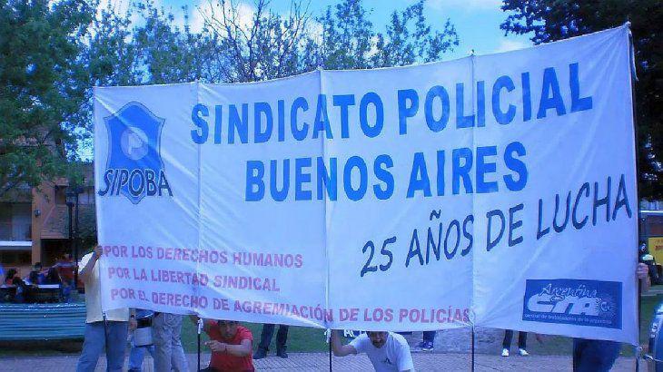 El Sindicato Policias provincia de Buenos Aires (Sipoba) se creó en 1989, pero no posee personería gremial.
